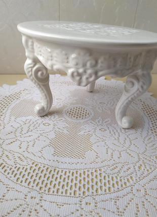 Безумно красивая керамическая подставка.