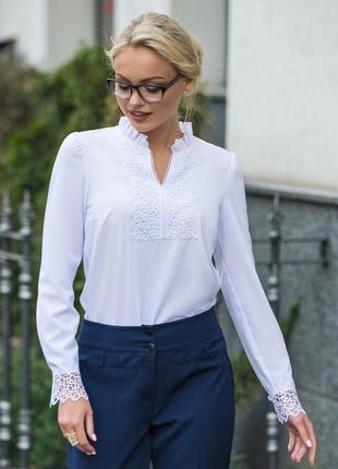 Эффектная белая блузка блуза в стиле вышиваний классическая для офиса с длинным рукавом