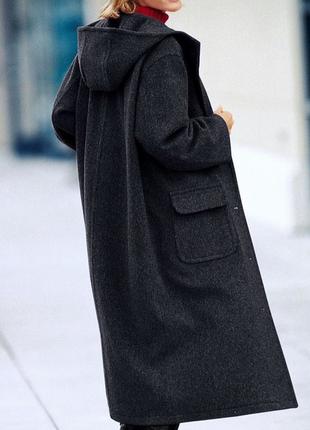 Стильное шерстяное пальто с капюшоном!