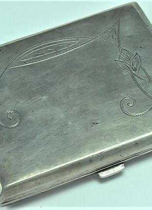 Портсигар ссср серебро 875 проба 30 - е годы состояние 130,56 гр. по 30 гривен грам