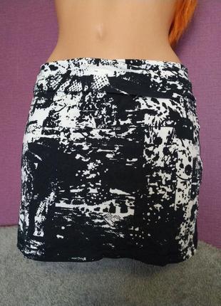 Мини юбка черно-белая хлопок