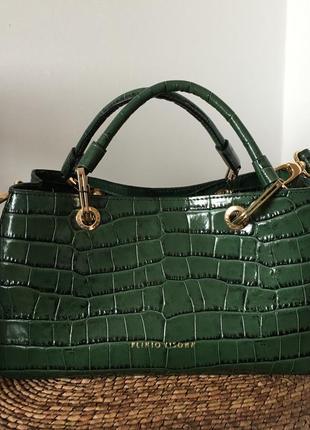 Стильная кожаная сумка ,италия