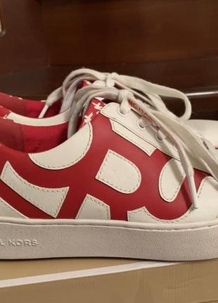 Кроссовки michael kors poppy graphic logo leather sneaker кожа. размер 39. оригинал