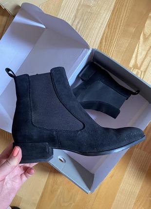Замшевые ботинки h&m
