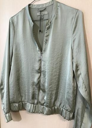 Летний атласный бомбер/ лёгкая куртка