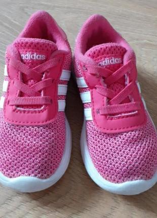 Adidas кроссовки 23 размер