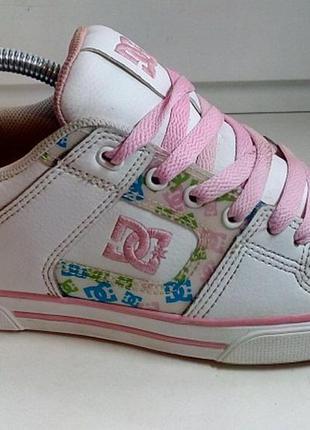 Dc shoecousa кожаные кроссовки сникерсы оригинал 38 размер
