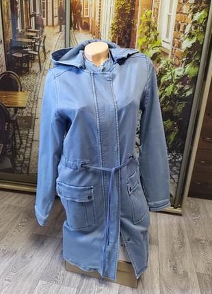 Удлиненный джинсовый плащ