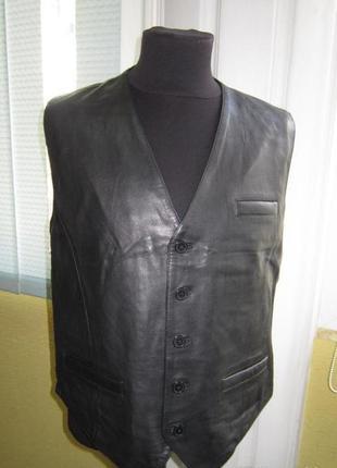 Мужская жилетка кожа!!заходите,у нас самый большой выбор верхней одежды.