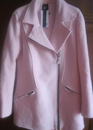 Шерстяное пальто пудрового цвета reserved