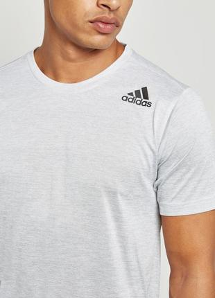 Спортивная футболка adidas freelift gradient