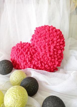 Подушка декоративная сердце.