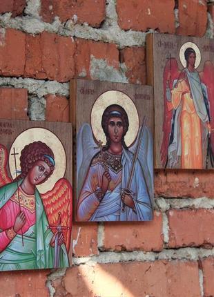 Ікони ангелів охоронців. ікона на дереві. під старовину. икона ангела хранителя