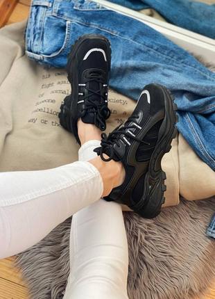 Кросівки ❤️