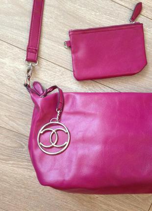 Красивая, вместительная сумка parfois сливового цвета + кошелек в комплекте!!!