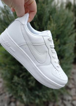 ❤крутые женские кожаные кроссовки под бренд белого цвета ❤