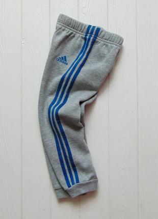 Adidas. размер 1.5-2 года. спортивные штаны для мальчика