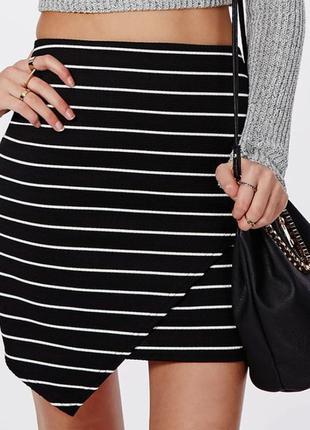 Идеальная асимметричная юбка по фигуре missguided