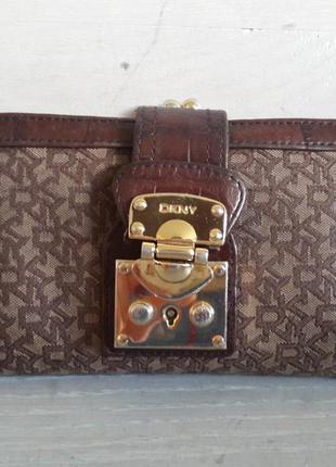 Dkny.вместительный кошелек.ткань+кожа