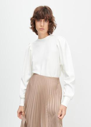 Reserved трикотажная блуза реглан с актуальным объемным рукавом, премиум-линия