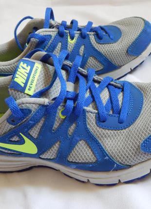 Оригинальные кроссовки от nike revolution 2(размер 38 )