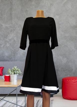 Платье черно белое с бархатным поясом италия