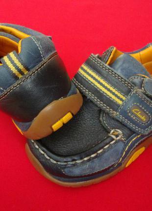 Ботинки кроссовки clarks натур кожа 26 размер