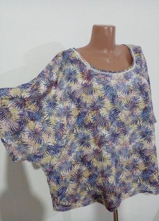 Симпатичная блуза свободного кроя