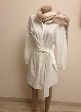 Белое платье рубашка туника на запах классика весна