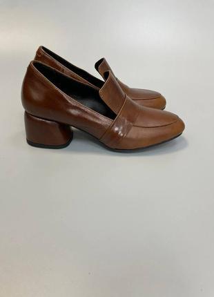 Шкіряні лофери туфлі закриті кожаные лоферы закрытые туфли