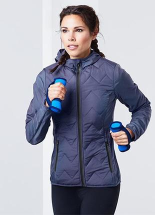 Легкая спортивная куртка размер 44-46 наш tchibo тсм