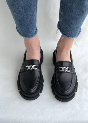 Черные женские кожаные лоферы3 фото