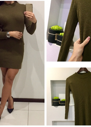Теплое зелёное платья миди в рубчик хакки  /платья гольф atmosphere