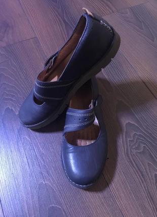 Кожаные туфли clark's