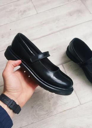 Женские туфли босоножки dr. martens mary jane
