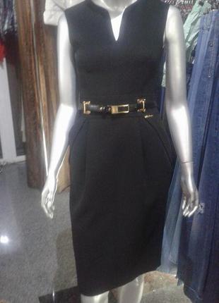 Классическое черное платье balizza