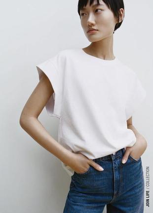 Zara жіноча футболка