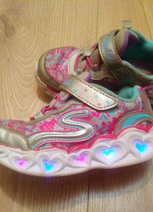 Светящиеся кроссовки на девочку /кросівки від skechersetcher