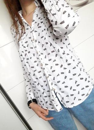 Оригинальная белая рубашка блузка с красивым рисунком oodji