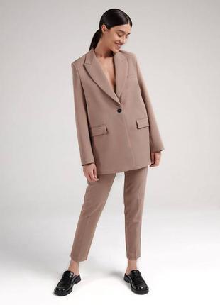 Стильный костюмчик в деловом стиле базовый 0280