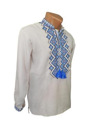 Вишиванка для чоловіка білого кольору з синьою вишивкою