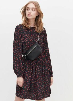 Reserved бесподобное цветочное платье свободного кроя
