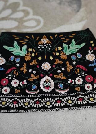 Юбка zara с вышивкой