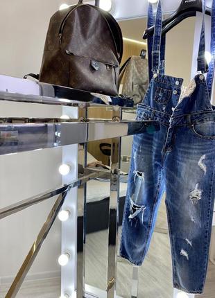 Шикарный брендовый джинсовый деним комбинезон