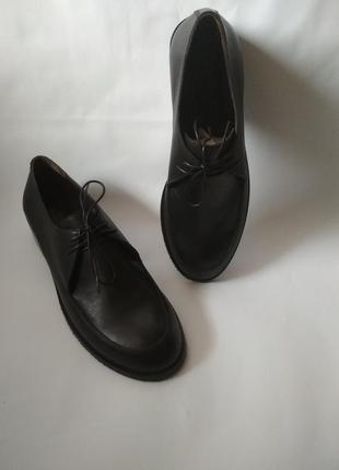 Женские кожаные туфли на шнурках2 фото