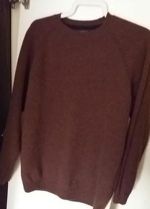 Чудовий  шерстяний  светер . next