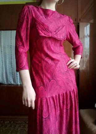 Ретро плаття малинове з заниженою талією