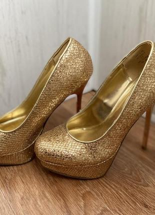 Туфли золото 35 36 праздничные