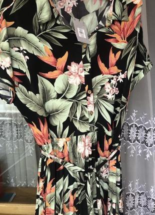 Платье в цветы,платье батал