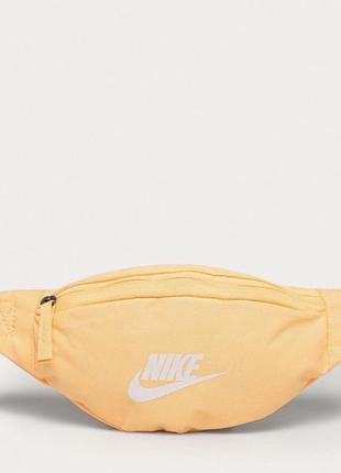Сумка на пояс nike sportswear. оригинал